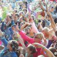 A Lengyelországban minden évben megrendezésre kerülő háromnapos fesztivál ételosztásán önkénteseink jóvoltából idén 38 tonna tartós élelmiszer felhasználásával közel 200.000 adag meleg ebéd, gyümölcs és édesség került kiosztásra a fesztiválozó fiatalok […]