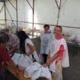 Július 31-én Győrben 50 tartós élelmiszer csomag kiosztását szervezte meg Alapítványunk pécsi csapata. Az adományok mellett figyelemfelkeltő műsorral, édességgel és frissítő limonádéval is kedveskedtek a helyi rászorulóknak. Győrben tavaly nyáron […]