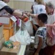 Több mint 2000 adag étel, rengeteg csomag, édesség, finomság és program várta a gyermekeket és a családokat, az Ételt az Életért Alapítvány gyermeknapi akciósorozatának keretében. Egyetlen hét alatt 9 helyszínen […]