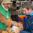 Beszélgetés Sivaráma Swamival, a Magyarországi Krisna-tudatú Hívők Közösségének vezető lelkészével, az Ételt az Életért program hazai megalapítójával. A Krisna-hívők miért tartják fontosnak az ételosztást az egész világon? Van ennek valami […]