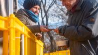 A Krisna-hívők Közösségének Ételt az Életért programja emberbaráti kötelességének tartja, hogy a pandémiás veszélyhelyzet ideje alatt is folytassa mindennapos ételosztásait. Az étel elkészítése fokozott fertőtlenítési eljárások mellett, míg az ételosztások […]